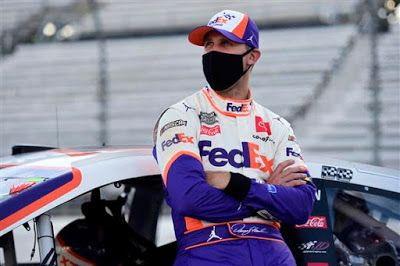 Denny Hamlin is 8/1 to win 2021 Blue-Emu 500 at Martinsville