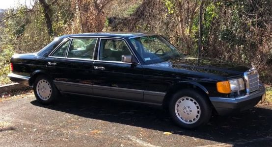 27-Year Old Mercedes 560 SEL Is Still An Impressively Comfortable Cruiser