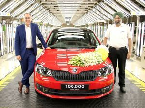 Skoda Rapid Reaches 1 Lakh Production Milestone