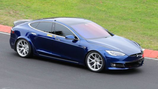 Tesla Model S Apparently Smashed The Porsche Taycan Nürburgring Time