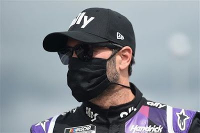 Jimmie Johnson cleared to race at Kentucky