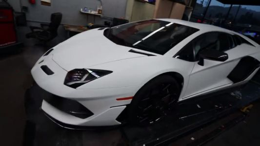 First Lamborghini Aventador SVJ In The States Gets A Straight Pipe
