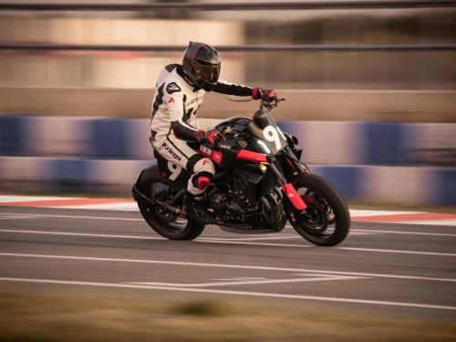 Yamaha XSR900 Gets XR9 Carbona Pikes Peak Racing Treatment Photo Gallery
