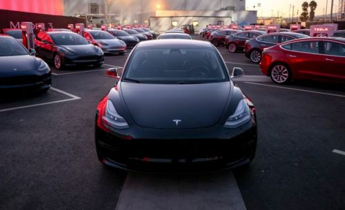 Tesla Still Struggles to Build Model 3 but Promises a Transformative Year
