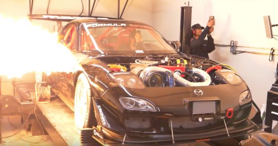 This Angry Four-Rotor RX-7 Dyno Run Has A Racing Car Soundtrack