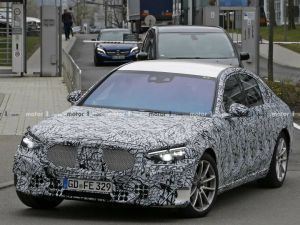 2020 Mercedes-Benz S-Class Spied With Less Camouflage