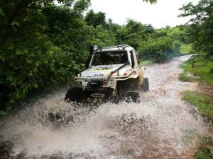 2018 Isuzu Rainforest Challenge Goa Mucking About