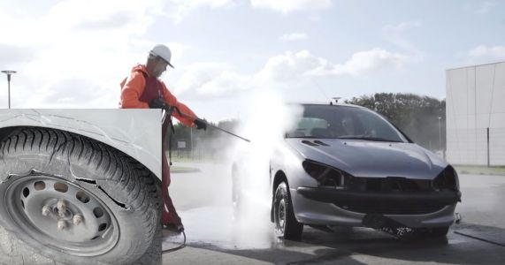 Here's What Happens When You Wash A Car With A 40,000PSI Jet Washer