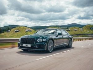 Bentley Flying Spur Hybrid Revealed With 546PS Plug-In-Hybrid Powertrain