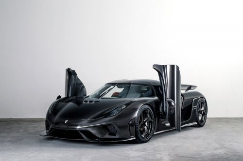 Full Carbon Fibre Koenigsegg Regera Looks Radical