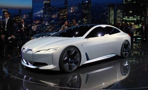 We Could See A BMW i7 With 650 HP and 600 km Range