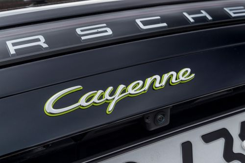 Porsche Cayenne Turbo S E-Hybrid Confirmed With As Much as 680 HP