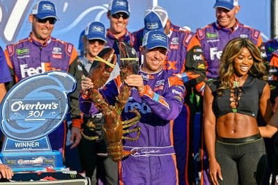 Denny Hamlin is 10/1 to win 2019 Foxwoods Resorts Casino 301