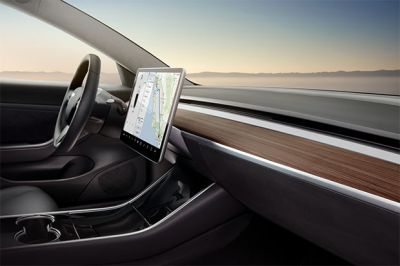 First Drivers of Model 3 Rave Mostly About Minimalist Interior