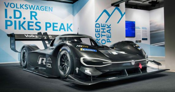 VW's Pikes Peak Challenger Is Here With 671bhp And A Giant Wing