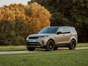 2021 Land Rover Discovery Minor Facelift Hides Big Changes Inside