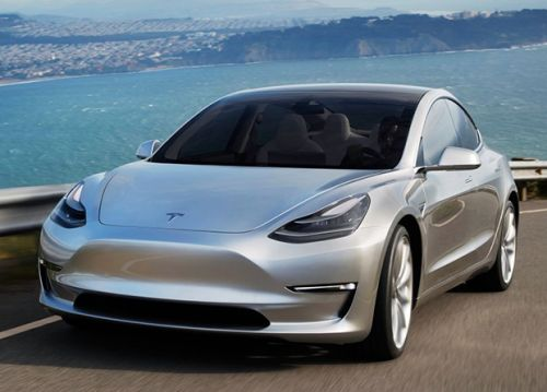 Tesla Cuts Base Price of Model 3 By $1,000