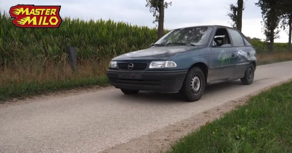 Shifting An Old Car Into Reverse At Speed Is A Predictably Bad Idea