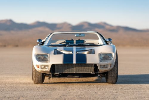 Rare Ford GT40 Roadster Prototype Could Sell For R130 Million at Auction