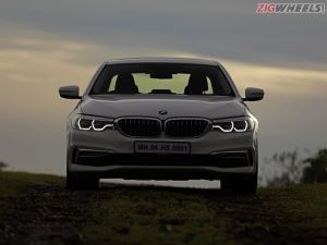 Upcoming BMW 5 Series Facelift Spied Testing