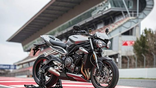 The 2017 Triumph Street Triple RS Is An Even Better Middleweight Naked Bike