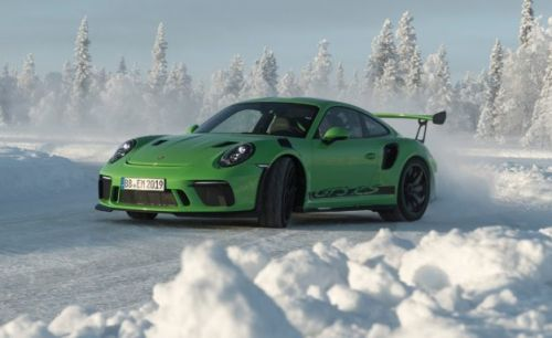 2019 Porsche 911 GT3 RS Revealed: It Looks Bad-Ass Because It Is