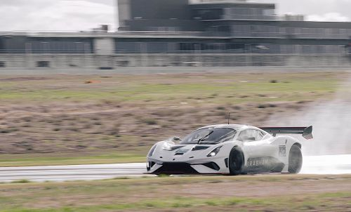 Brabham BT62 Sounds Magical Testing At The Bend