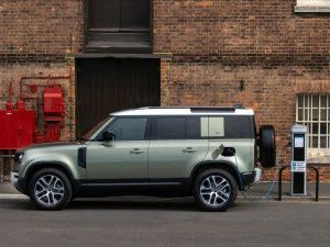 Land Rover Defender P400e Plug-in Hybrid Variant Bookings Open In India Deliveries Expected From April 2021