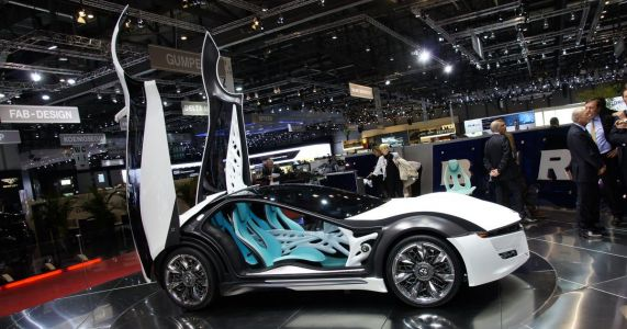 The Alfa Romeo Pandion Was A V8 Concept With The Most Incredible Doors