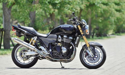 Suzuki GSX 1400 by Racing World Urayasu