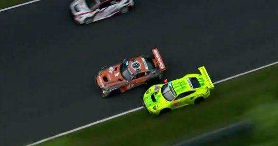 Watch An N24 Racer Overtake On The Grass At 170mph