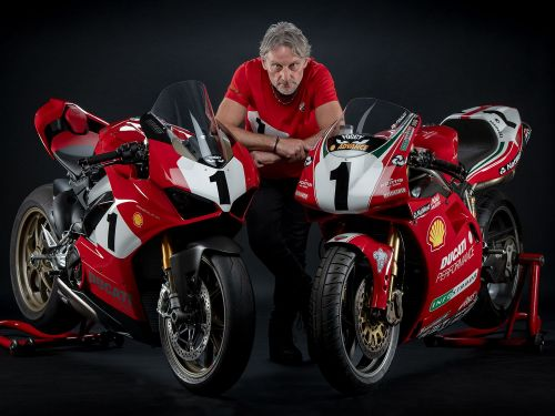 Ducati Panigale V4 Honors 25th Anniversary Of 916