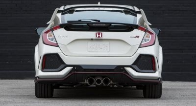 Honda's New Civic Type R Has Three Tailpipes For A Good Reason