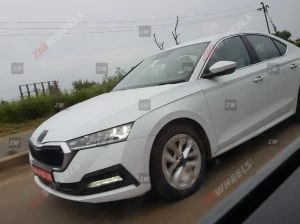 India-spec New-gen Skoda Octavia Spied Testing Launch Likely By Early-2021