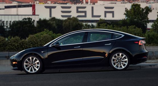 Analyst Says Tesla Needs To Stop Overpromising And Under Delivering