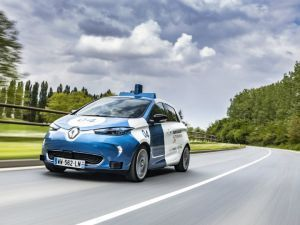 Renault Showcases Autonomous Shared Mobility Prowess