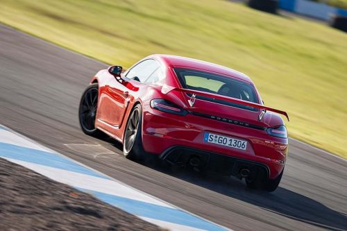"We Might See Hotter Porsche Cayman GT4 ""RS"""