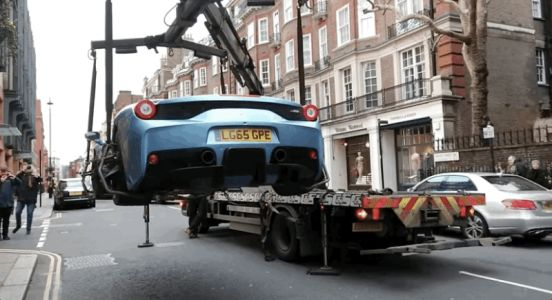 Watch A Stunning Blue Ferrari 458 SpecialeA Get Impounded In London