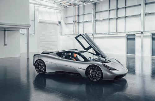 Gordon Murray Automotive T.50 Hypercar Revealed Weighing Just 986kg