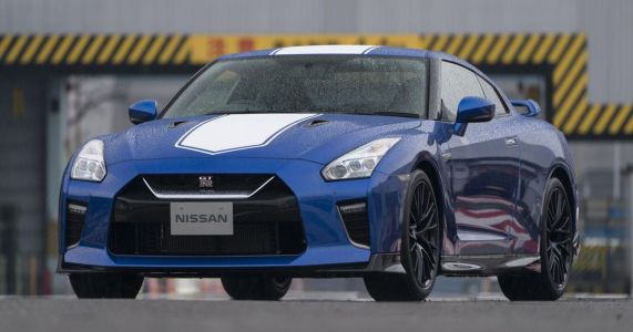 Nissan GT-R And 370Z May Be Scrapped In Europe As Part Of €2.8 Billion Cost-Cutting Programme