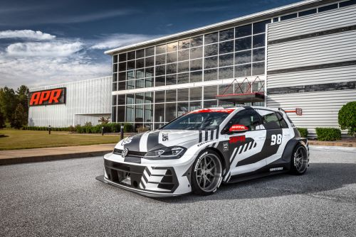 APR Bring The Heat To SEMA With 536 HP VW Golf R