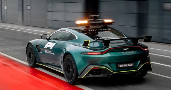 Aston Martin's Vantage Now Shares F1 Safety Car Duties After 26 Years Of Mercedes-AMGs