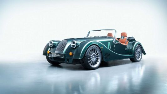 Morgan Launch The New Plus Six With A BMW-Sourced Engine