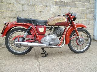 For sale - 1957 Moto Guzzi Lodola cammy 175 - unrestored, UK registered, runs well!
