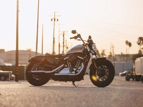 Best Full-Size Motorcycles For Beginning Riders
