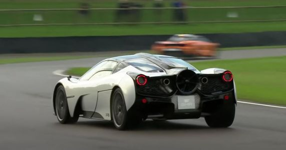 GMA T.50 Makes Dynamic Debut At Goodwood, Sounds Like Old F1 Car