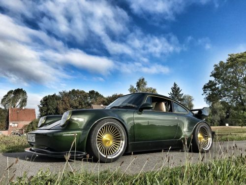 Wagenbauanstalt Goes Crazy with 1993 Porsche 911 Turbo