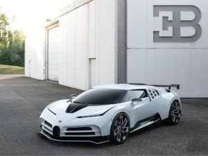2020 Bugatti Centodieci Is an Homage To The Italian-made EB110 Supercar