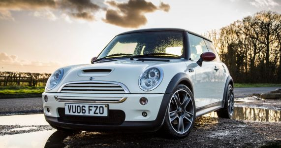 I Bought An R53 Mini Cooper S Because There's No Better Small, Fast Car For £2k