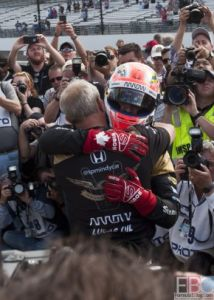 IndyCar - Hinchcliffe wins pole on Armed Forces Day at IMS